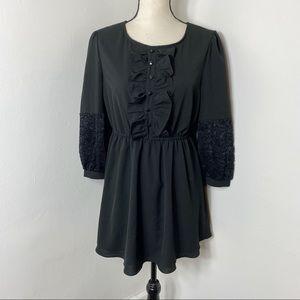Kimi and Kai Maternity Black Lace Sleeve Dress M